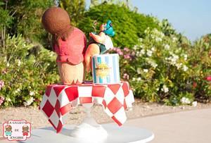 The fairy fly enjoying their ice cream - Cake by Neus Ruiz (Chica Galleta)