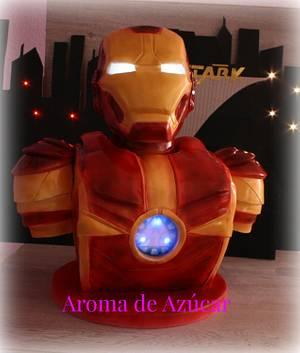 Iron Man - Cake by Aroma de Azúcar