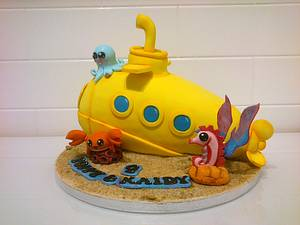 Cute Yellow Submarine - Cake by Danielle Lainton