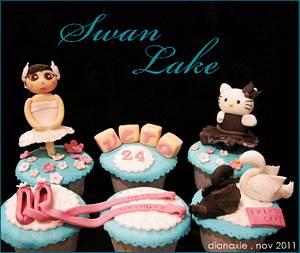 Swan Lake - Cake by Diana