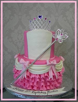 Cake for a Princess - Cake by Mel_SugarandSpiceCakes