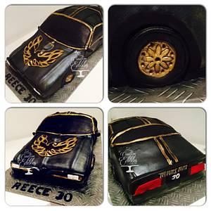 3D car cake - Pontiac  - Cake by Creative Edibles by Vercess