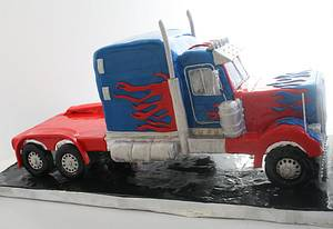 Optimus Prime - Cake by Rachel Skvaril