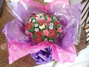 cupcake bouquet - Cake by Enchanting Cupcakes hobby cakes
