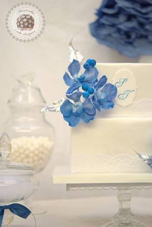 Vanda Orchid Weeding cake  - Cake by Mericakes