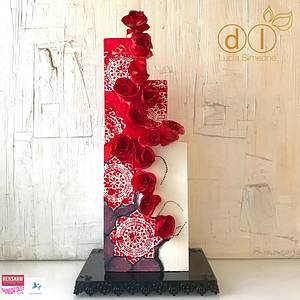 Red Roses  - Cake by Lucia Simeone