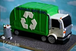 Recycling Truck Cake - Cake by Katycakes Austin