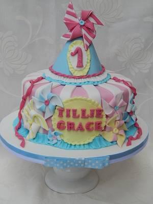 Pinwheel Party hat cake - Cake by Elizabeth Miles Cake Design