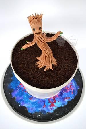 Dancing Little Groot - Cake by Susan