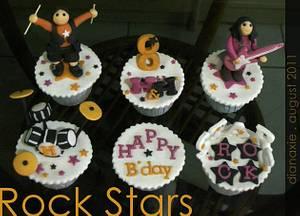 Rock Stars - Cake by Diana