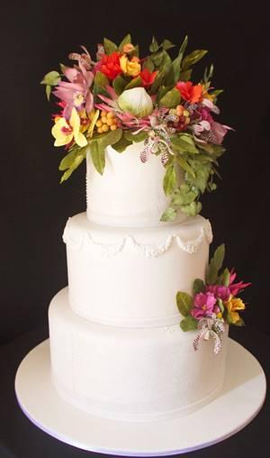 Wedding Cake and exotic sugar flowers - Cake by Carol Pato