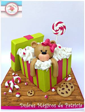 Teddy gift box cake - Cake by Dulces Mágicos de Patricia