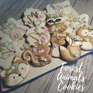 Forest animals Cookies - Cake by Claudia Smichowski
