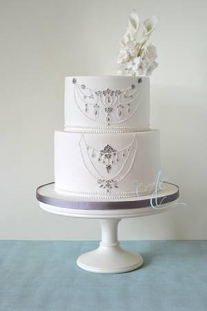 Sarah - Cake by Amanda Earl Cake Design