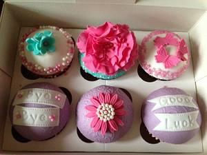 Sorry you're leaving cupcakes - Cake by Savanna Timofei