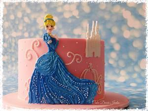 Cinderella in RI - Cake by Prachi Dhabaldeb