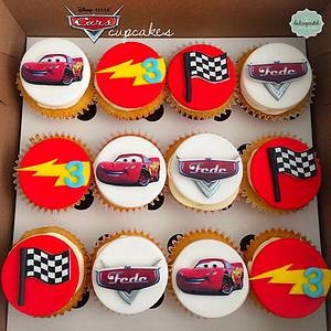 Cupcakes Cars Medellín - Cake by Dulcepastel.com