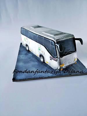 Bus cake - Cake by Fondantfantasy