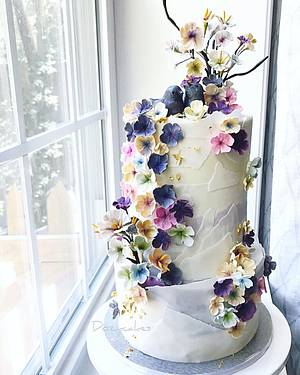 Bridal Shower Lovebirds - Cake by Dozycakes
