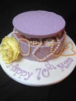 Vintage Jewelry Cake - Cake by Kazza