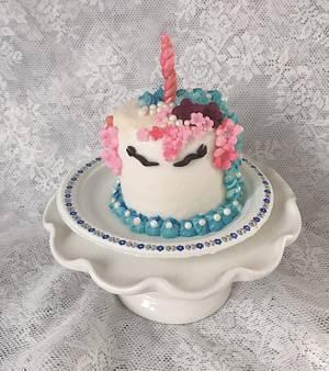 "Tiny Birthday Cake - Cake by June (""Clarky's Cakes"")"