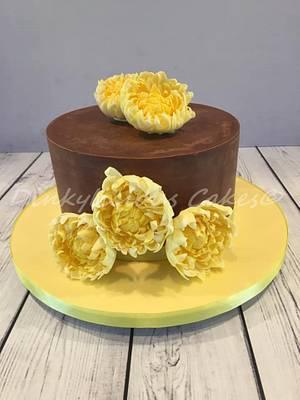 Chrysanthemum Cake  - Cake by Dinkylicious Cakes