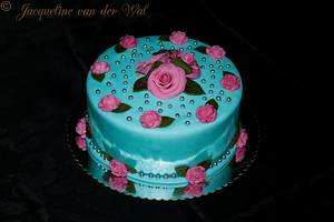 roses  - Cake by Jacqueline