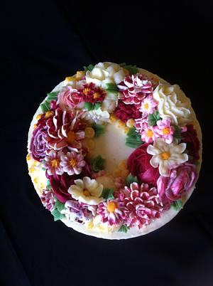 Buttercream flower cake - Cake by cakebelly