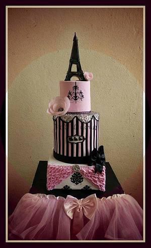 In love with Paris! - Cake by Priya Vijan