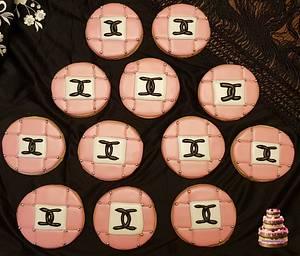 Chanel cookies - Cake by Pluympjescake