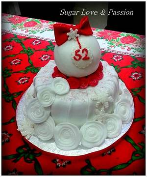White roses and snow cake - Cake by Mary Ciaramella (Sugar Love & Passion)
