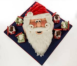 Santa face christmas cake - Cake by Julie's Cake in a Box