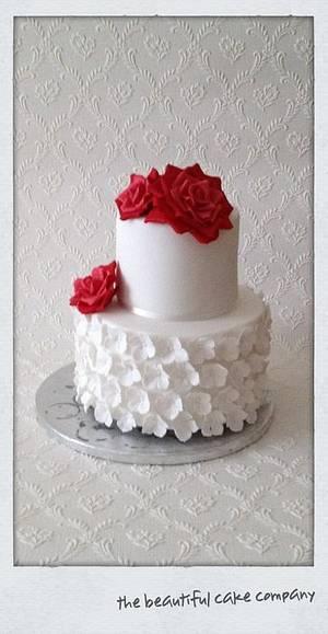 Rose & Hydrangea Wedding Cake - Cake by lucycoogancakes