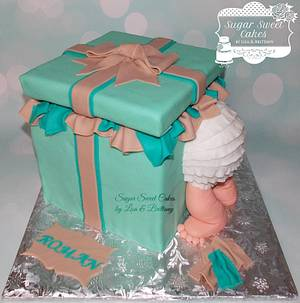 Baby Butt Gift Box - Cake by Sugar Sweet Cakes