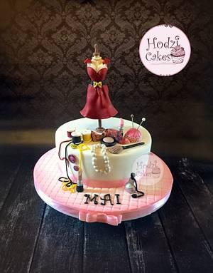 Fashion & Makeup Cake👗💄💖 - Cake by Hend Taha-HODZI CAKES