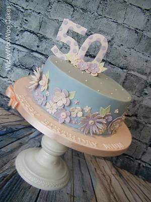 Karen - Cake by WickyWooWoo Cakes