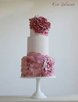 Floral Crown Cake - Cake by Eva Salazar