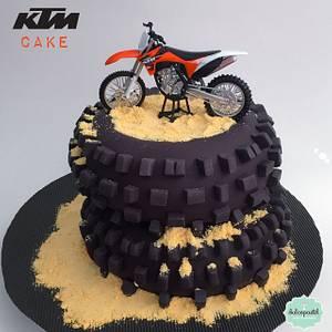 Torta Moto KTM - KTM Motorcycle Cake - Cake by Dulcepastel.com