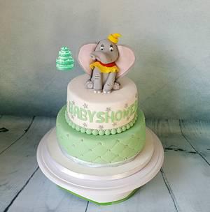 Babyshower cake with Dumbo - Cake by Pluympjescake