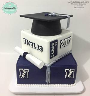 Torta de Graduación en Medellín - Cake by Dulcepastel.com