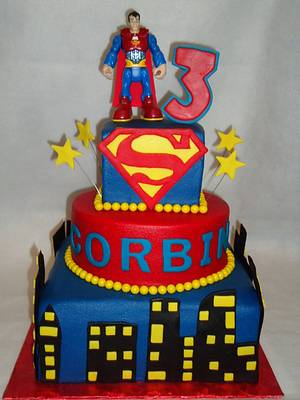Superman cake - Cake by Kim Leatherwood