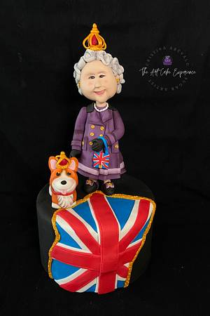 Sweet Jubilee Collaboration - The Queen in Purple - Cake by Cristina Arévalo- The Art Cake Experience