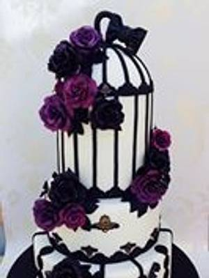 Black and purple roses w - Cake by Cakexstacy