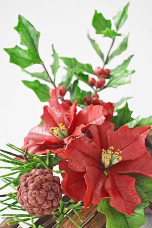 Preparing Christmas- Freeformed Sugar Flowers - Cake by Catalina Anghel azúcar'arte