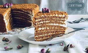 Honey Cake - Cake by J A N T Y SWEETS