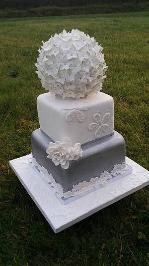 Silver Flower Ball - Cherub Couture Cakes - Cake by Cherub Couture Cakes