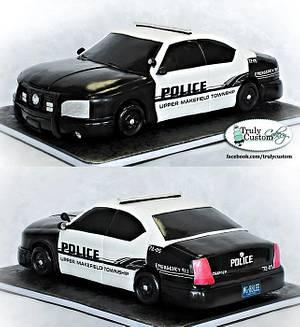 Police Car - Cake by TrulyCustom
