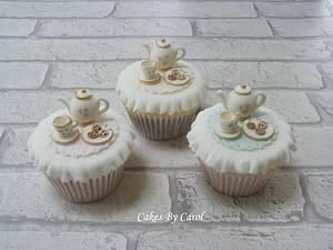 Tea set cupcakes - Cake by Carol