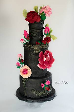 """Dark Queen""  - Cake by Sugar Cakes"