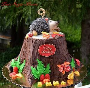 Hedgehog Birthday Cake - Cake by Lea's Sugar Flowers